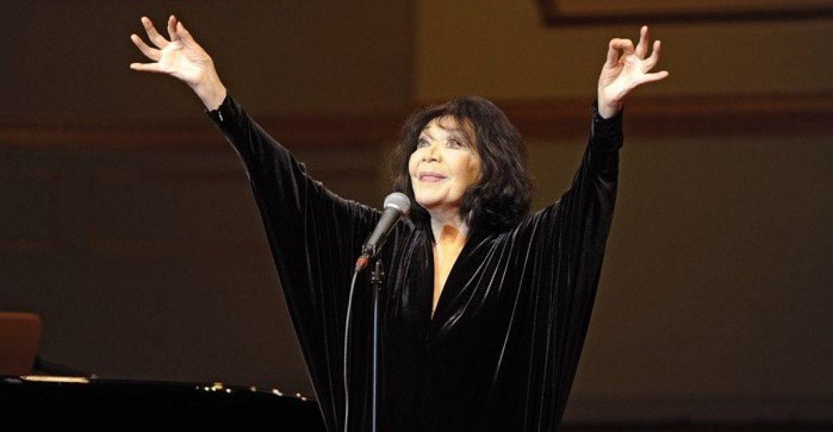 Fransız oyuncu ve şarkıcı Juliette Greco hayatını kaybetti #1