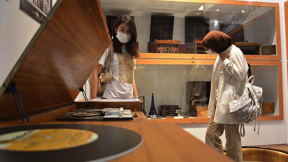 Malatya da radyo ve gramofonun tarihi müzede toplandı #4